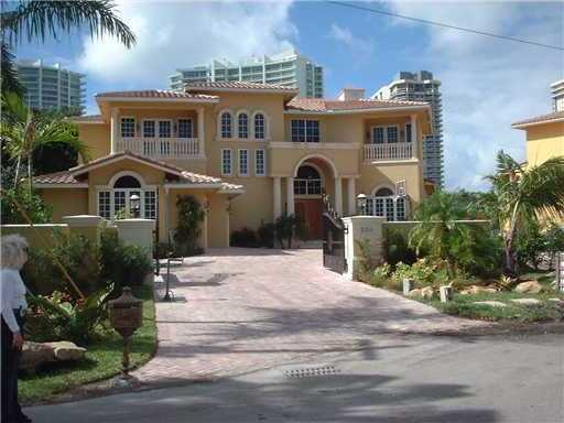 236 S Island Dr Luxury Real Estate