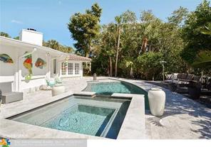 340 NW 33rd St