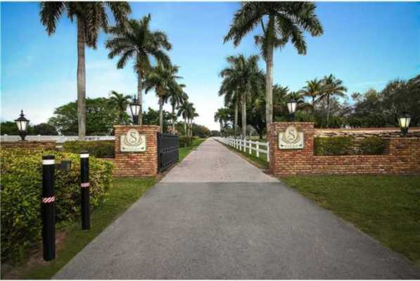 15990 Griffin Rd, Southwest Ranches Florida