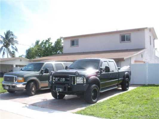 4541 SW 34th Av, Dania Beach Florida