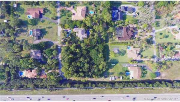 5760 NW 74 Ter, Parkland Florida