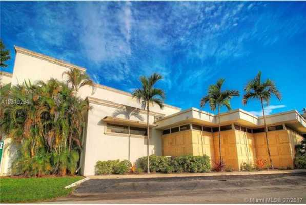 1960 NE 47th St, Fort Lauderdale Florida